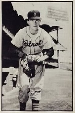 1953 Bowman Black and White #18 Billy Hoeft