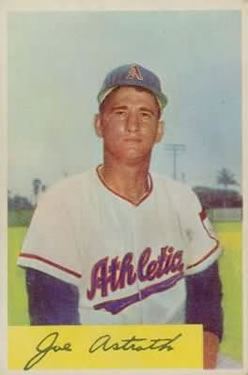 1954 Bowman #131 Joe Astroth