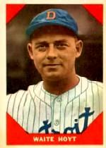 1960 Fleer #69 Waite Hoyt