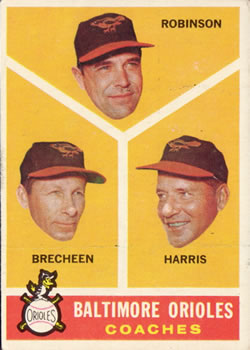 1960 Topps #455 Baltimore Coaches/Eddie Robinson/Harry Brecheen/Luman Harris