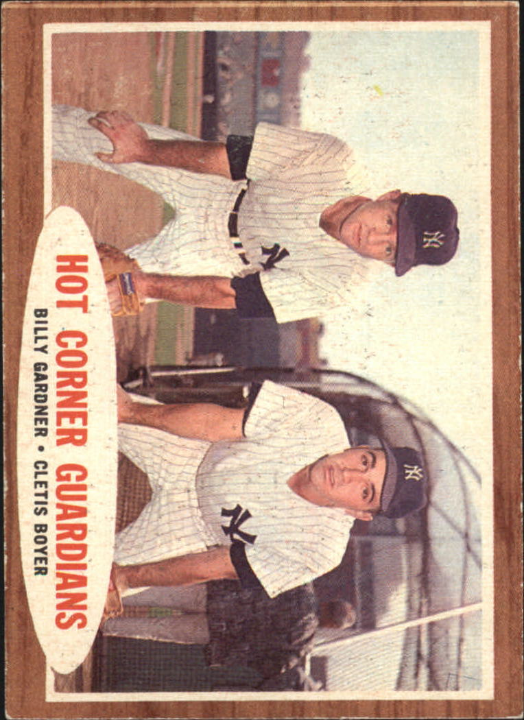 1962 Topps #163 Hot Corner Guard/Billy Gardner/Cletis Boyer