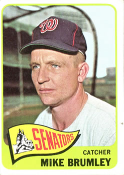 1965 Topps #523 Mike Brumley SP