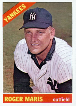 1966 Topps #365 Roger Maris UER/Wrong birth year listed on card