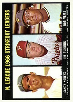 1967 Topps #238 NL Strikeout Leaders/Sandy Koufax/Jim Bunning/Bob Veale