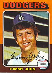 1975 Topps Mini #47 Tommy John