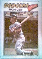 1977 Topps Cloth Stickers #14 Ron Cey