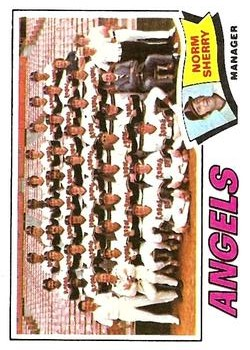 1977 Topps #34 California Angels CL/Norm Sherry MG