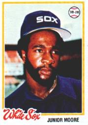 1978 Topps #421 Junior Moore RC