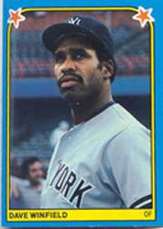1983 Fleer Stickers #39 Dave Winfield