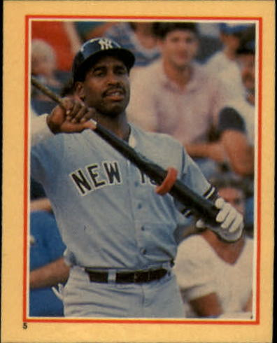 1984 Fleer Stickers #5 Dave Winfield