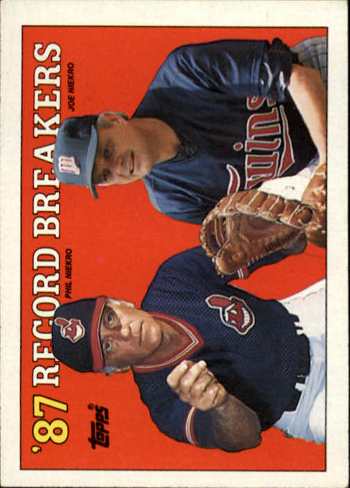 1988 Topps #5 Phil Niekro/Joe Niekro RB/Brothers Win Record