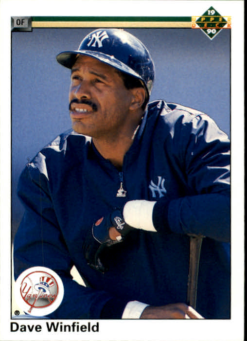 1990 Upper Deck #337 Dave Winfield UER/(1418 RBI, should/be 1438)