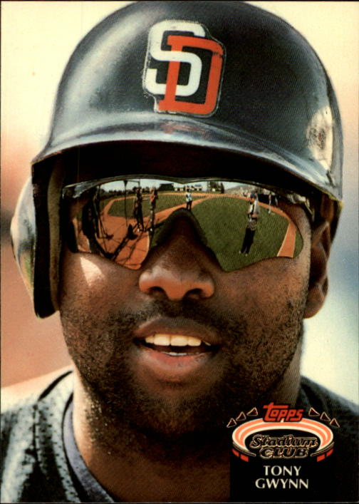 1992 Stadium Club #825 Tony Gwynn
