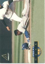 1994 Pinnacle #3 Sammy Sosa front image