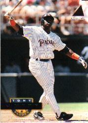 1994 Pinnacle #4 Tony Gwynn front image