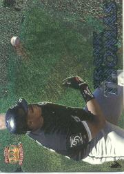 1996 Pacific Prisms Fence Busters #FB18 Frank Thomas
