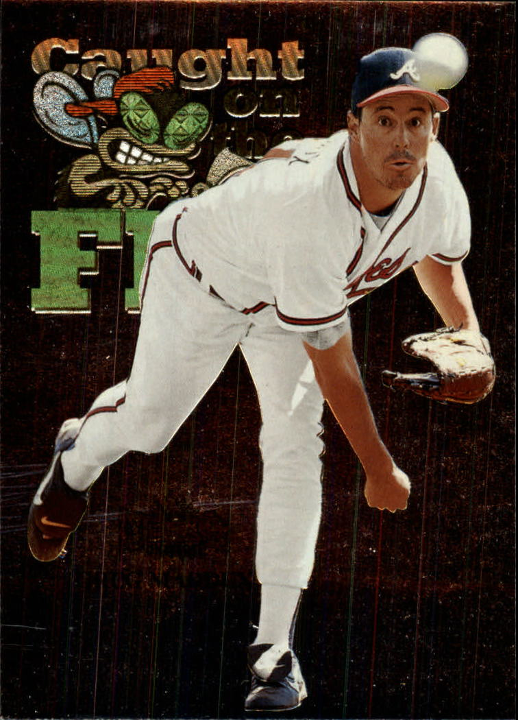 1999 Metal Universe #243 Greg Maddux FLY