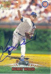1999 Stadium Club Autographs #SCA9 Kerry Wood