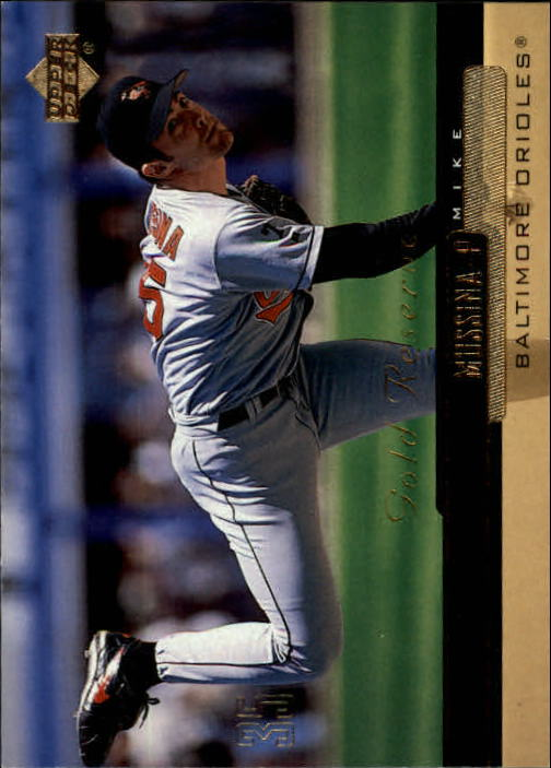 2000 Upper Deck Gold Reserve #56 Mike Mussina