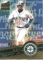 2000 Aurora Pennant Fever #17 Ken Griffey Jr. front image