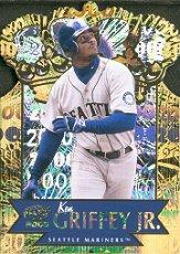 2000 Pacific Gold Crown Die Cuts #30 Ken Griffey Jr.