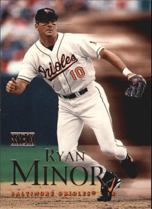 2000 SkyBox #82 Ryan Minor