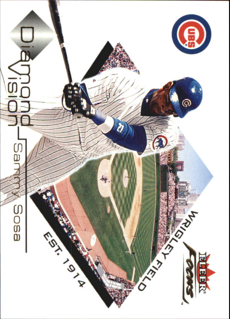 2001 Fleer Focus Diamond Vision #DV12 Sammy Sosa