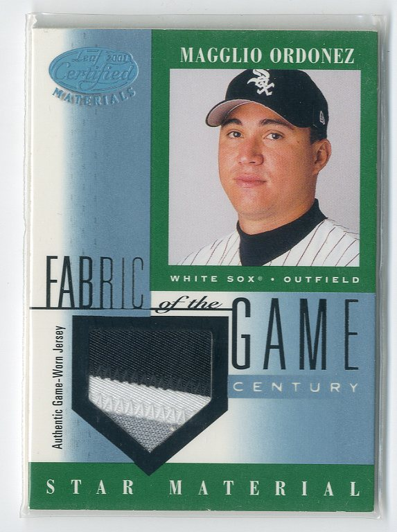 2001 Leaf Certified Materials Fabric of the Game #72CE Magglio Ordonez/21