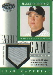 2001 Leaf Certified Materials Fabric of the Game #72CR Magglio Ordonez/301