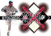2001 SPx Winning Materials Ball-Base #BSS Sammy Sosa