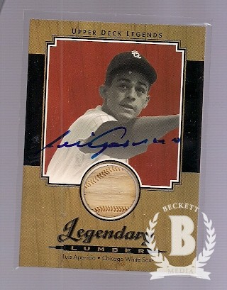 2001 Upper Deck Legends Legendary Lumber Autographs #SLLA Luis Aparicio