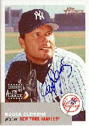 2002 Topps Heritage Real One Autographs #RORCL Roger Clemens 3