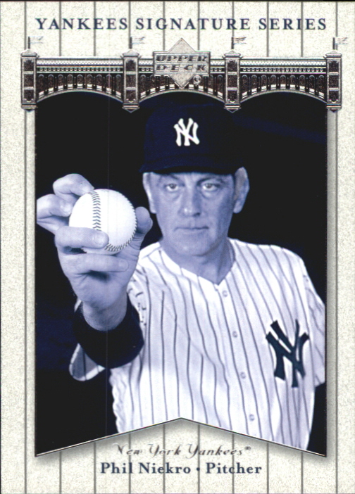 2003 Upper Deck Yankees Signature #65 Phil Niekro