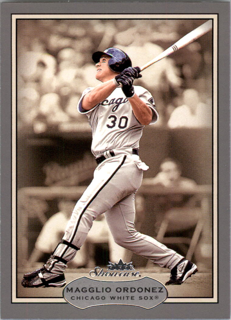 2003 Fleer Showcase #75 Magglio Ordonez