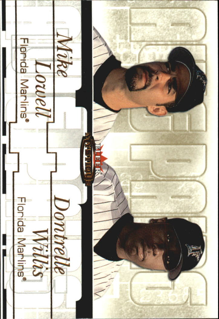 2003 Fleer Mystique Awe Pairs Gold #9 D.Willis/M.Lowell/91