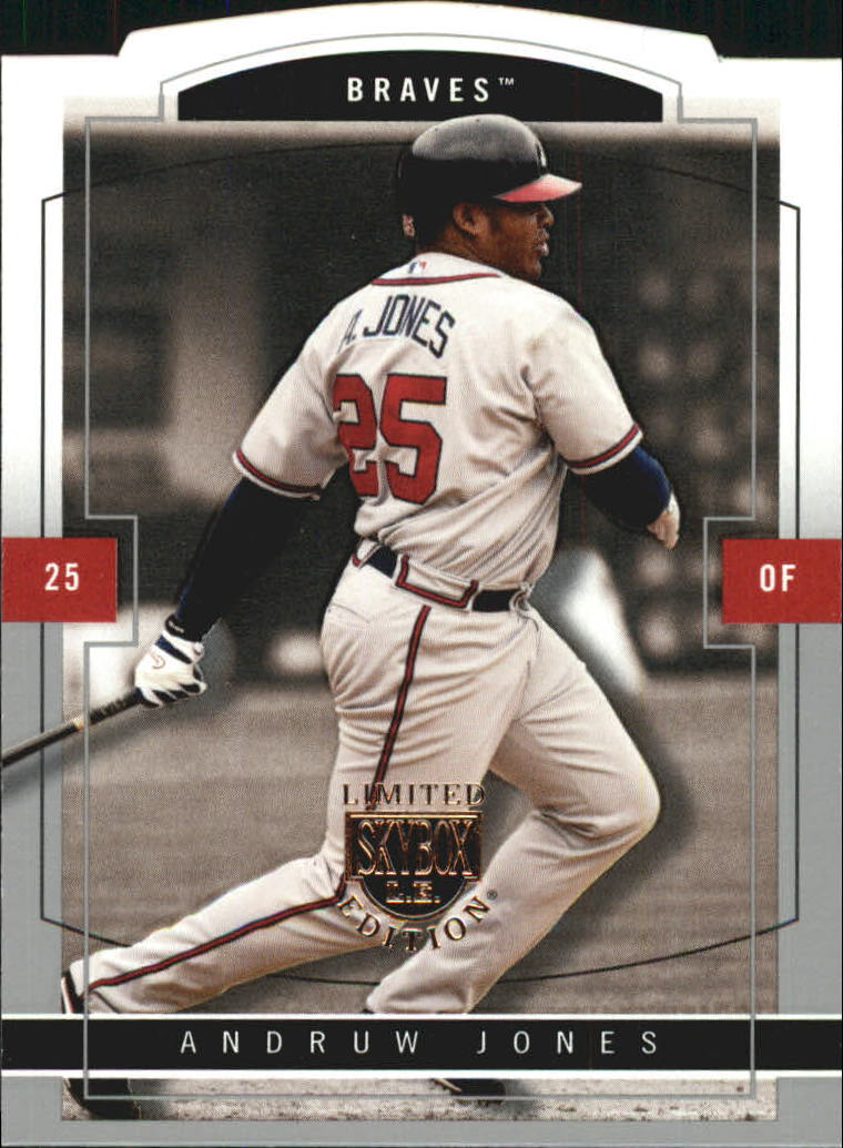 2004 SkyBox LE #18 Andruw Jones