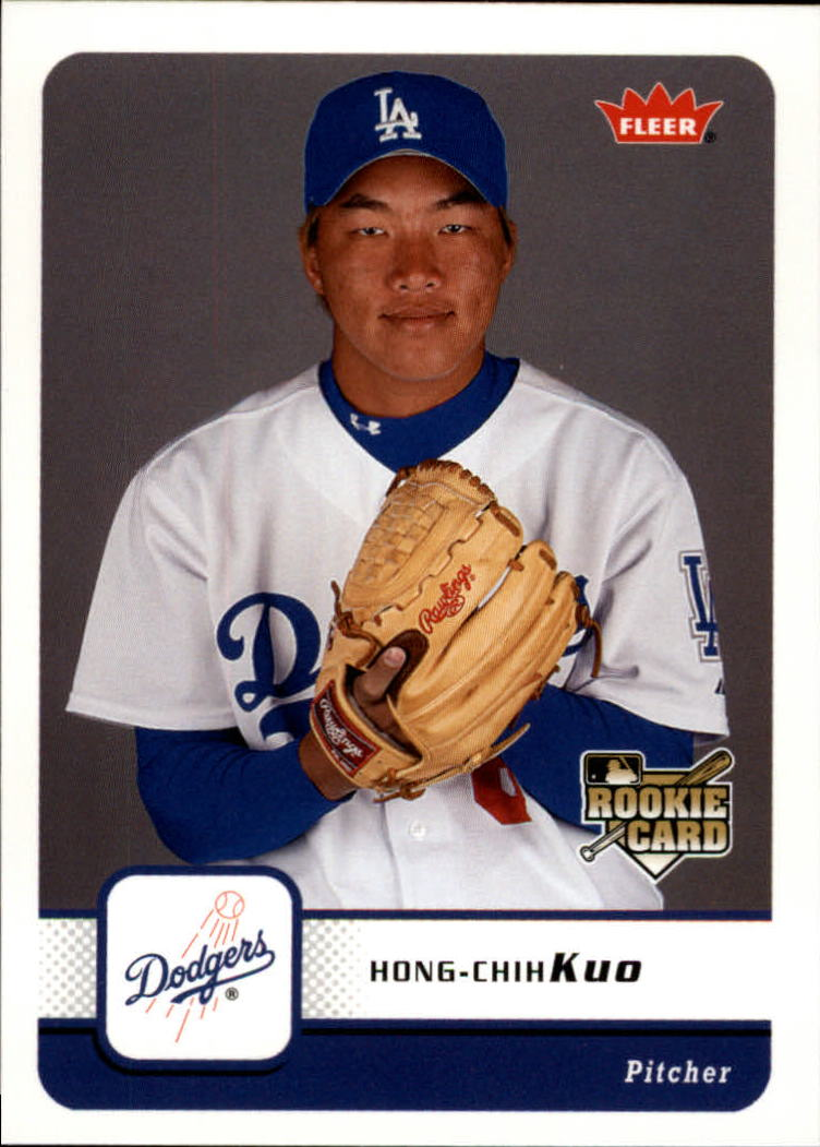 2006 Fleer #149 Hong-Chih Kuo (RC)