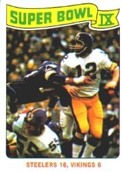 1975 Topps #528 Super Bowl IX/Steelers 16;/Vikings 6/(Bradshaw watching/pass)