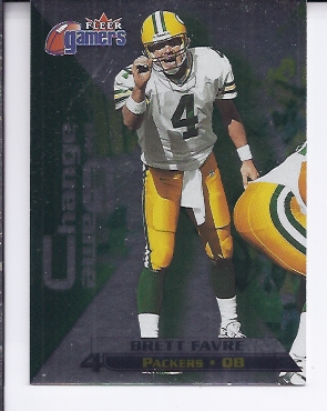 2000 Fleer Gamers Change the Game #2 Brett Favre