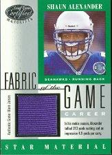 2001 Leaf Certified Materials Fabric of the Game #102CR Shaun Alexander/313