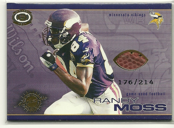 2001 Pacific Dynagon Game Used Footballs #13 Randy Moss