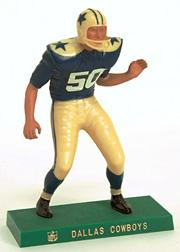1959-63 Hartland Statues Football #9 Cowboys Lineman