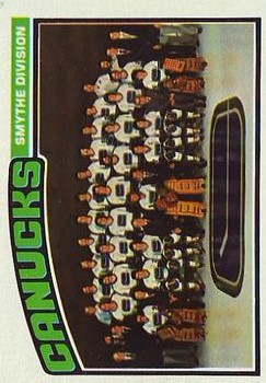 1976-77 Topps #148 Canucks Team