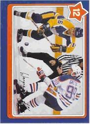 1982-83 Neilson's Gretzky #12 The Hook Check/(with Marcel Dionne)