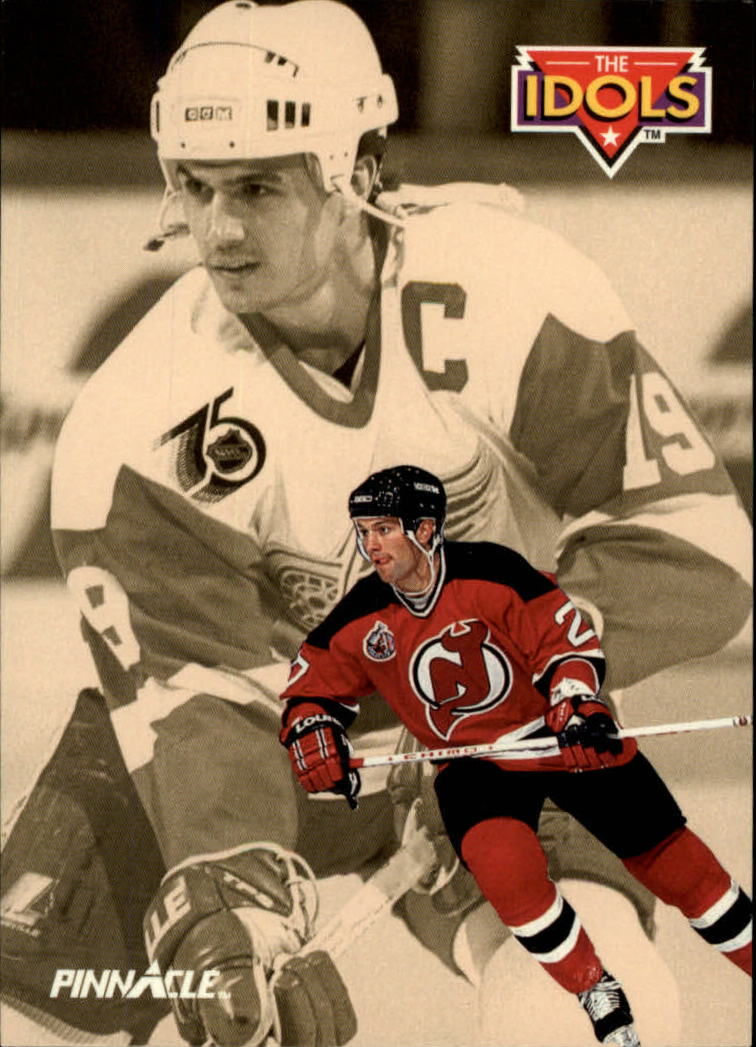1992-93 Pinnacle #241 Scott Niedermayer IDOL/(Steve Yzerman)