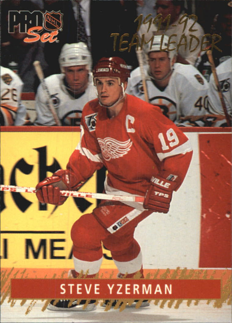 1992-93 Pro Set Gold Team Leaders #3 Steve Yzerman