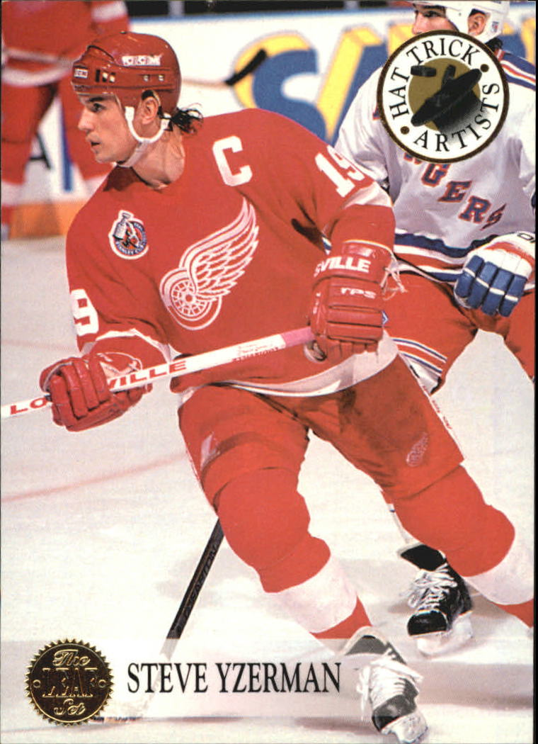 1993-94 Leaf Hat Trick Artists #10 Steve Yzerman
