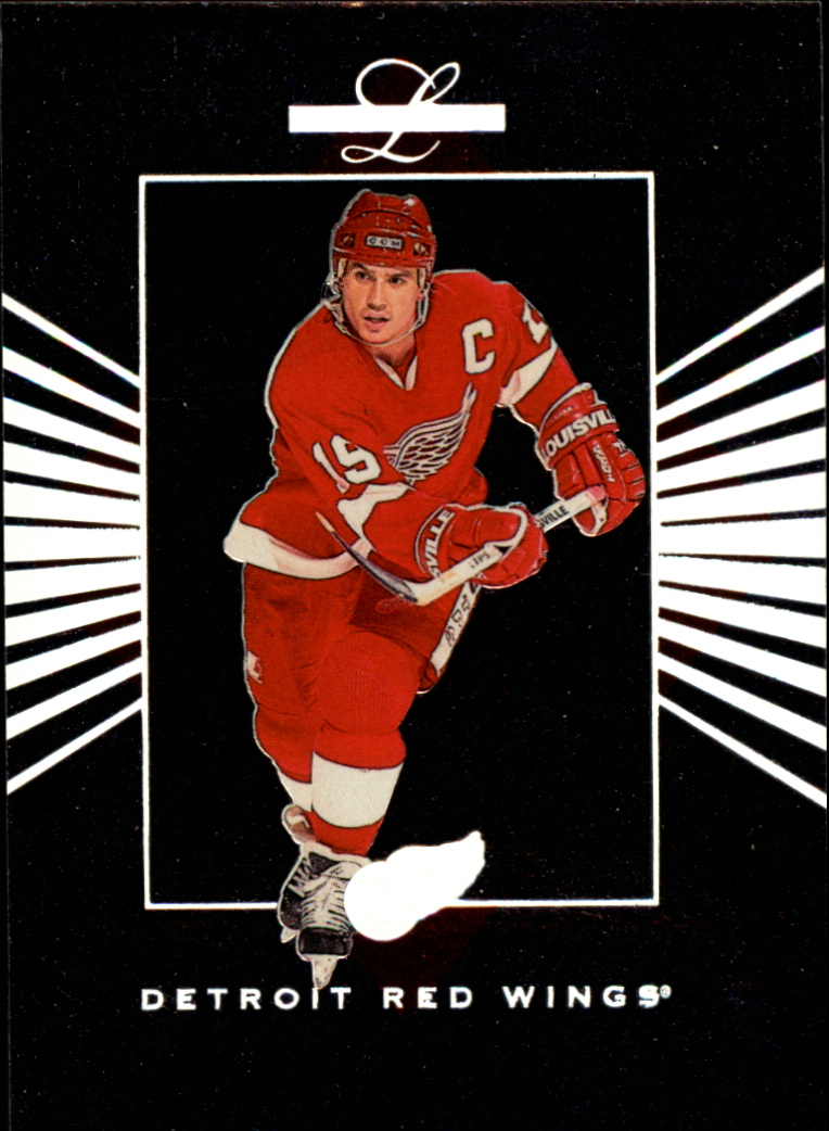 1994-95 Leaf Limited #120 Steve Yzerman