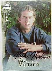 1995-96 Be A Player Autographs #S153 Mike Modano