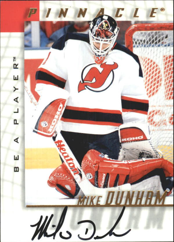 1997-98 Be A Player Autographs #110 Mike Dunham